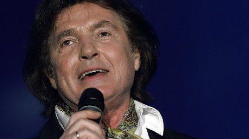 ΛΟΥΞΕΜΒΟΥΡΓΟ: Απεβίωσε ο τραγουδιστής Chris Roberts!