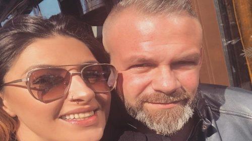 Η Έλενα Παπαρίζου και ο Νίκος Παναγιώτιδης, που αποτέλεσαν το συγκρότημα των Antique από το 1999 έως το 2003 - Instagram: @helenapaparizouofficial
